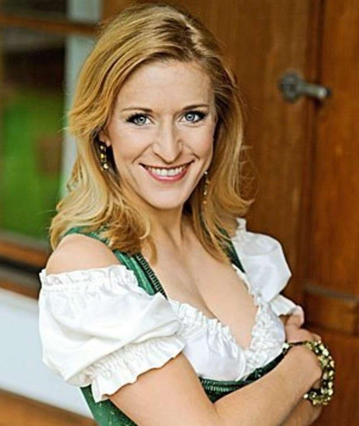 Stephanie Hertel