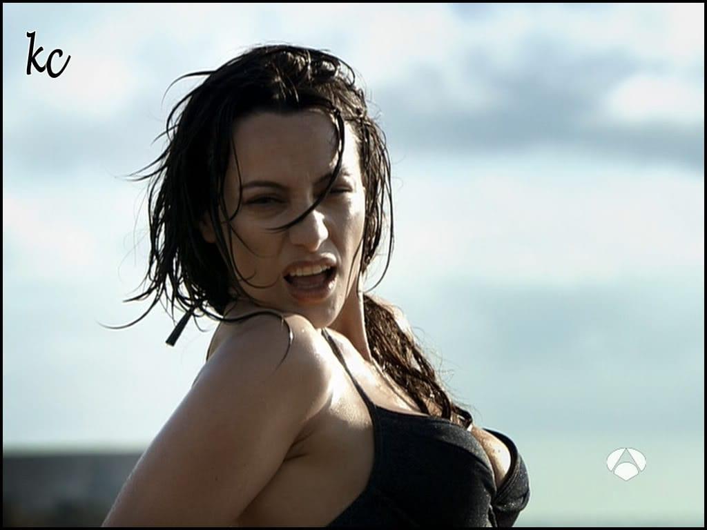 Natalia Verbeke Nude Photos 22