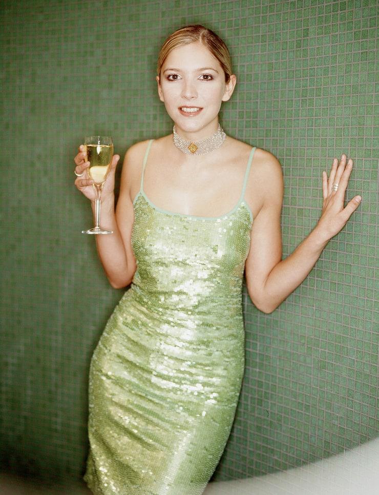 lisa faulkner - photo #34