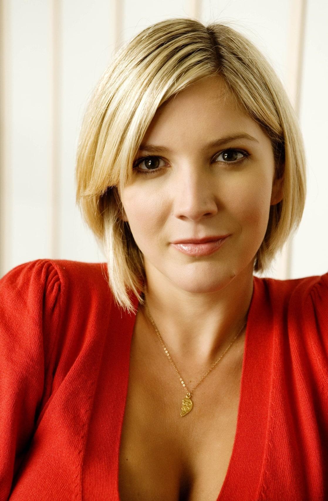 lisa faulkner - photo #10