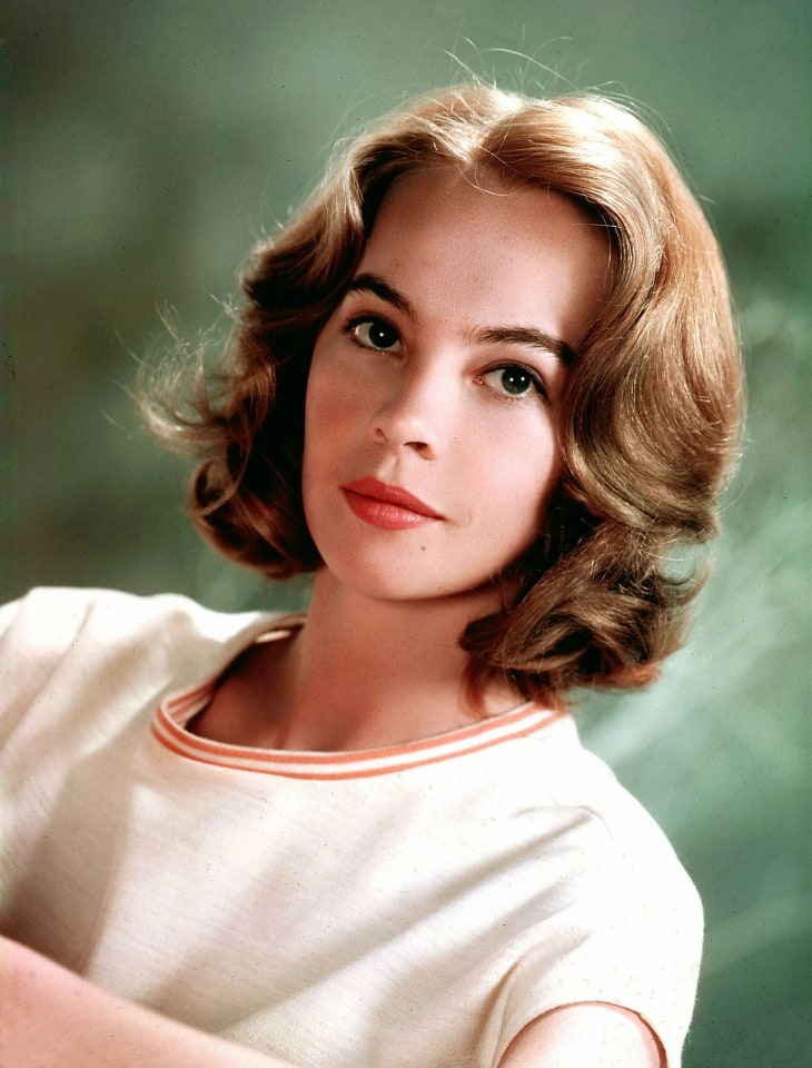 Leslie Caron Nude Photos 30