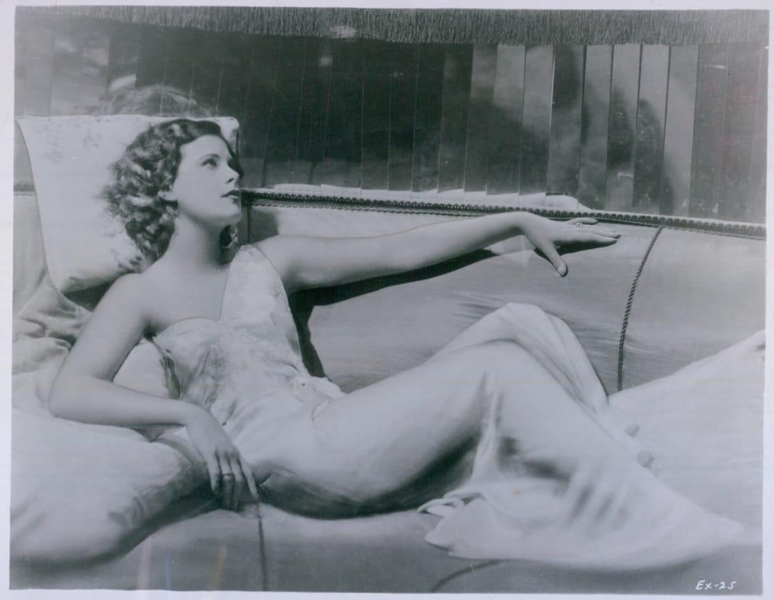 Смотреть женщина в экстазе 8 фотография