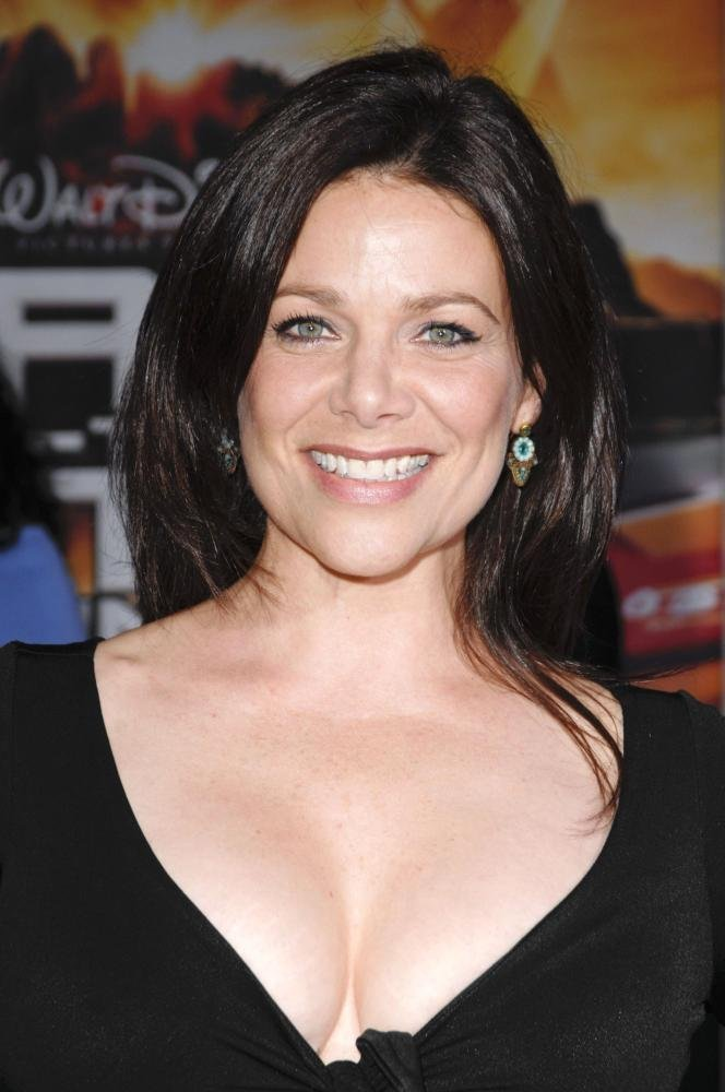 Meredith salenger nude images — 1