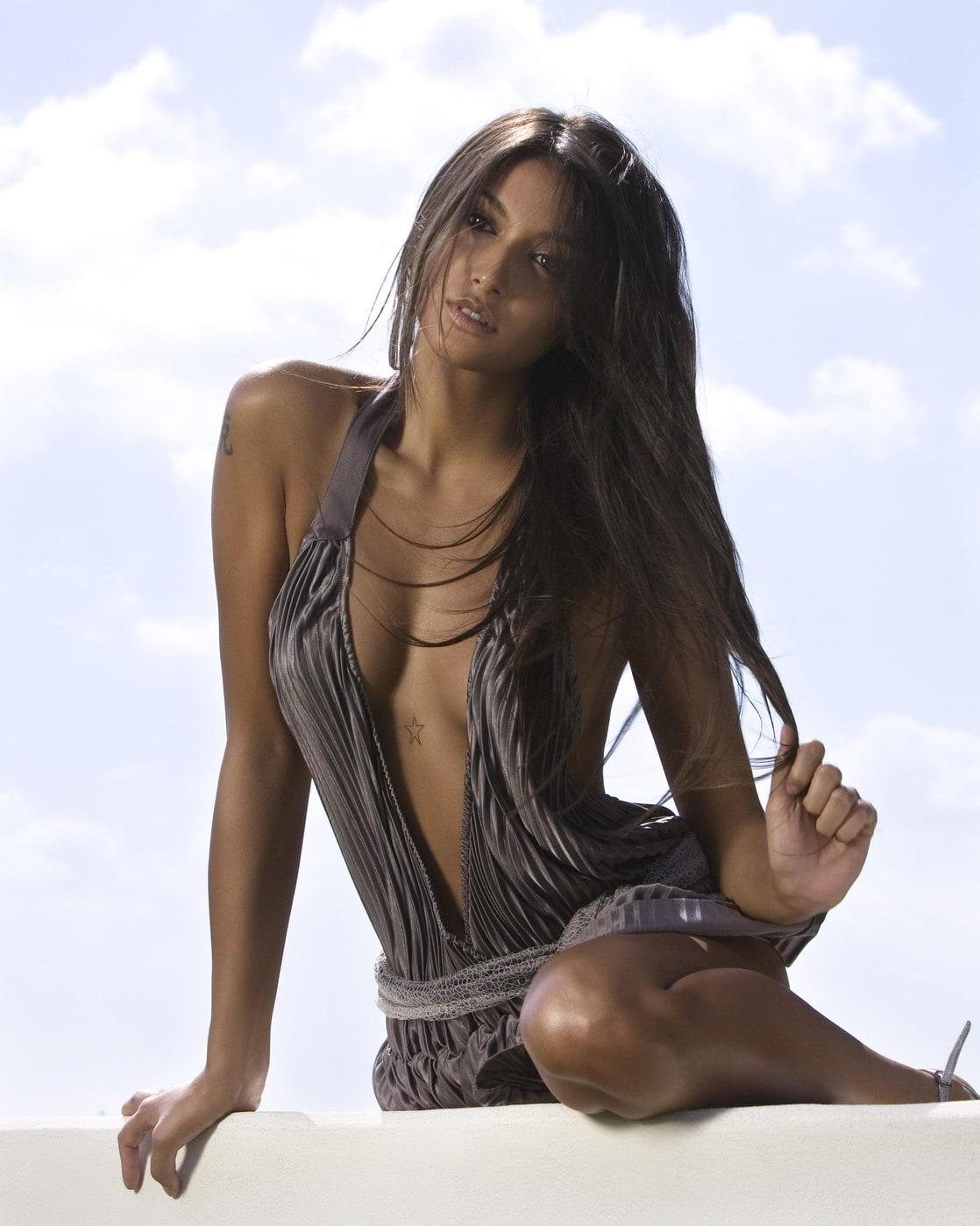 see through Cleavage Cristina Buccino naked photo 2017