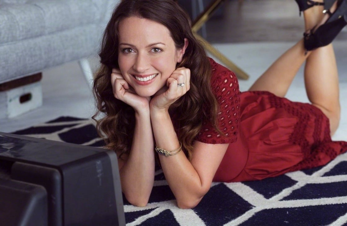 Amy Acker Hot Pics picture of amy acker