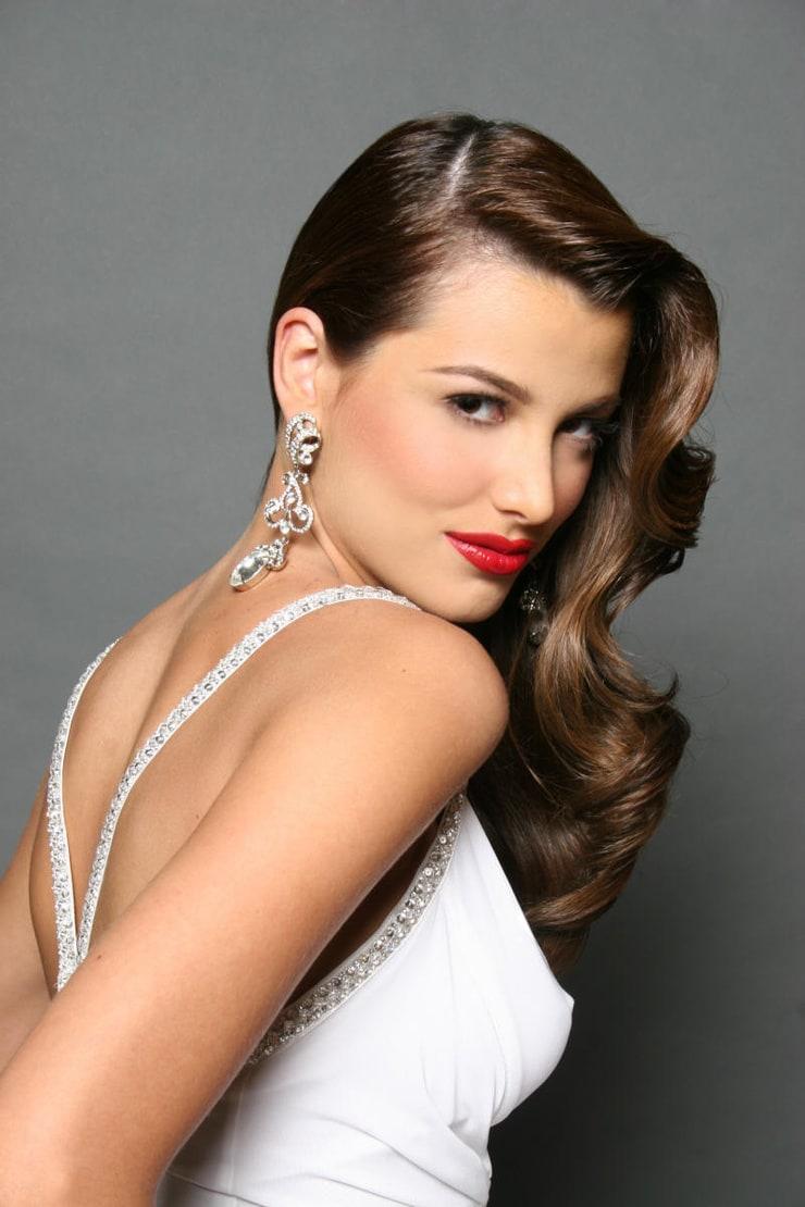 my pictures world: Stefania Fernandez Miss Venezuela Miss ... |Stefania Fernandez 2014