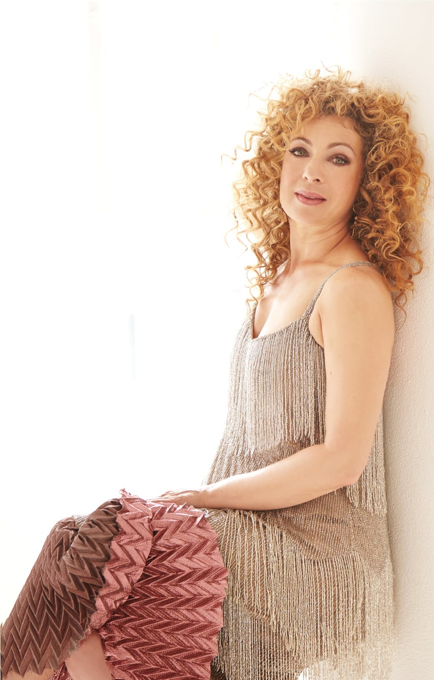 alex kingston natal chart