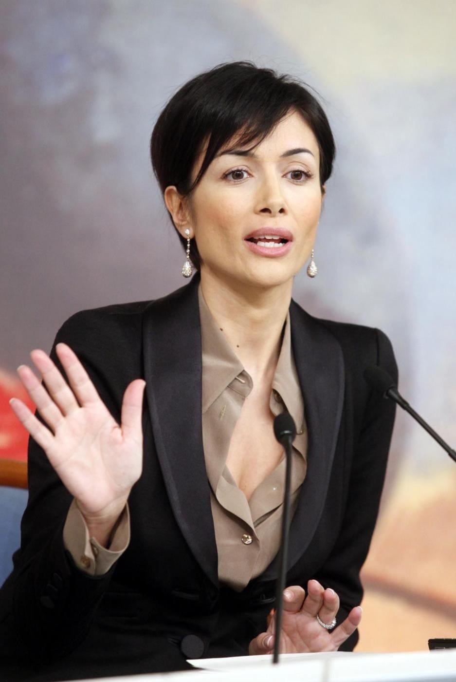 Самые сексуальные девушки политики рф 2 фотография