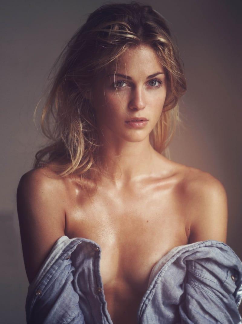 2019 Sofia Forsman nude (39 pics), Topless