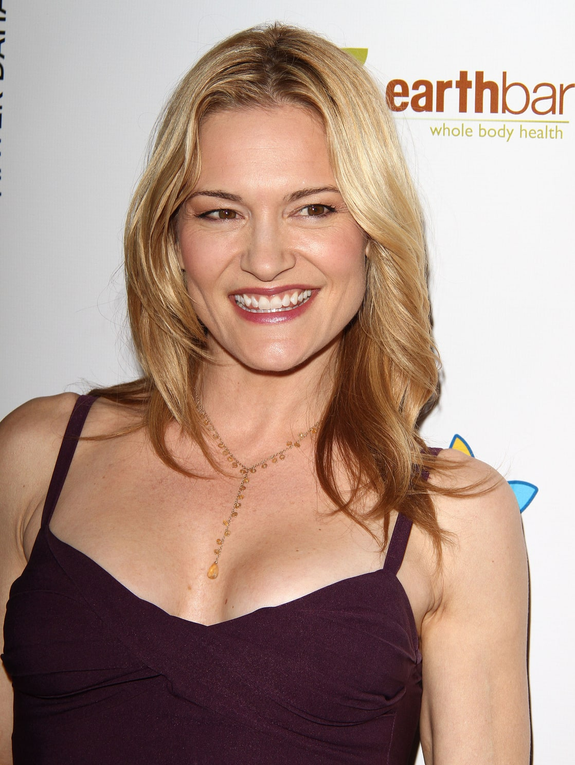 Watch Victoria Pratt video