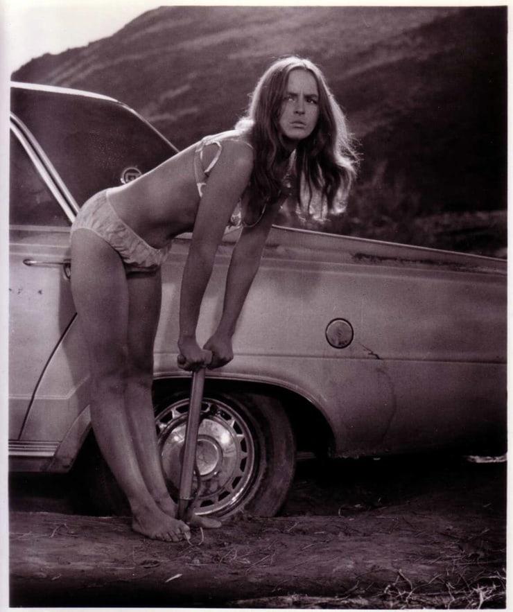 Bonnie hunt naked pics cheating bride fronterapirata