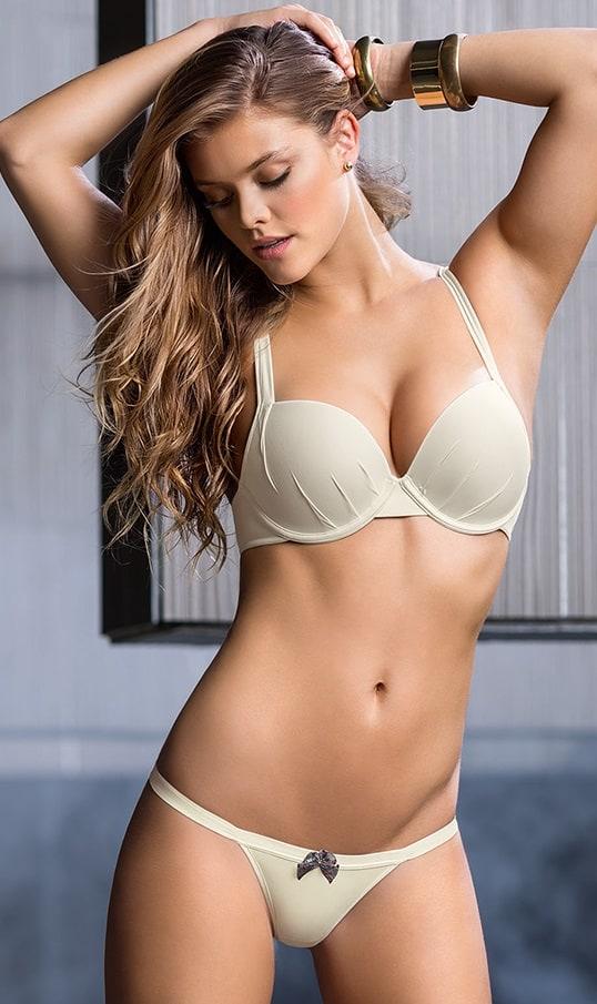 Hot girls assholes nude