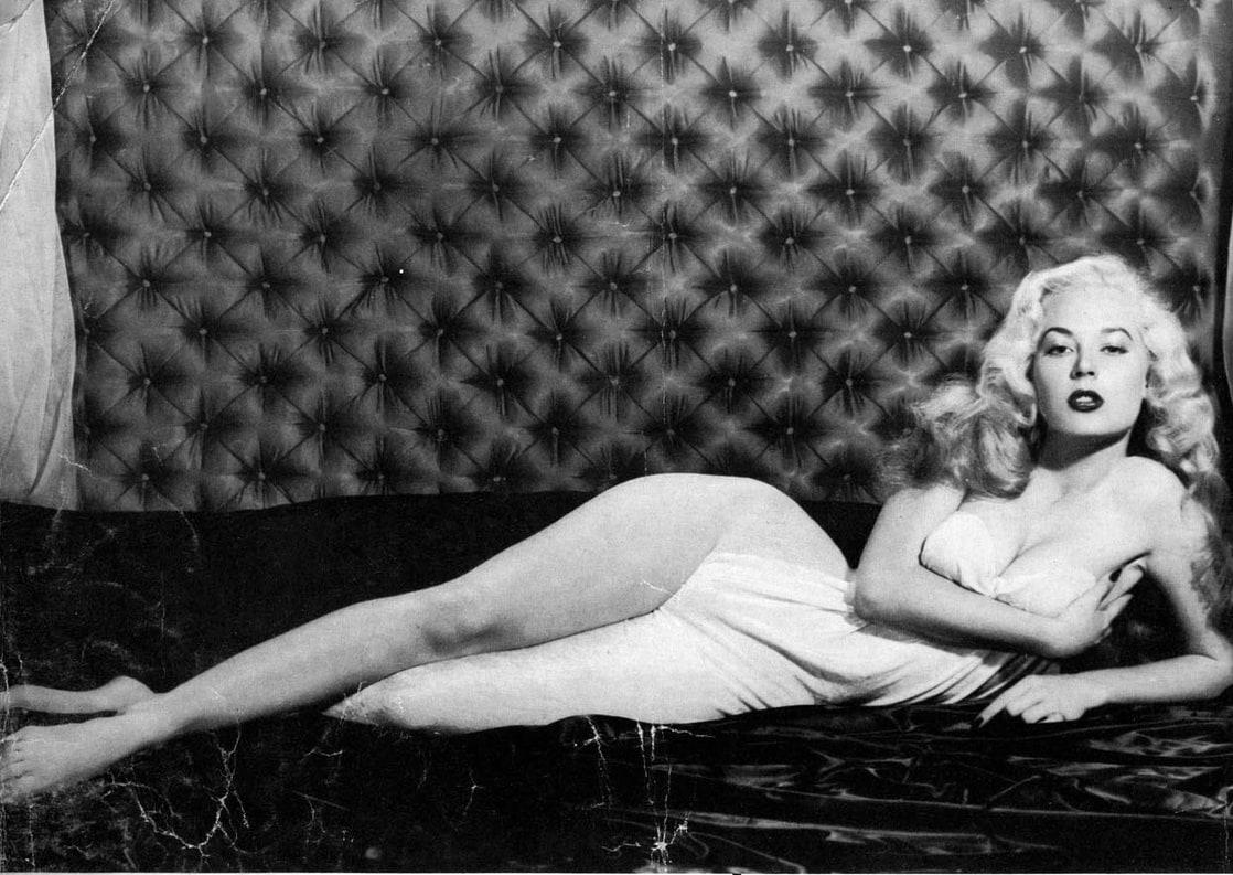 Betty Brosmer Nude 59