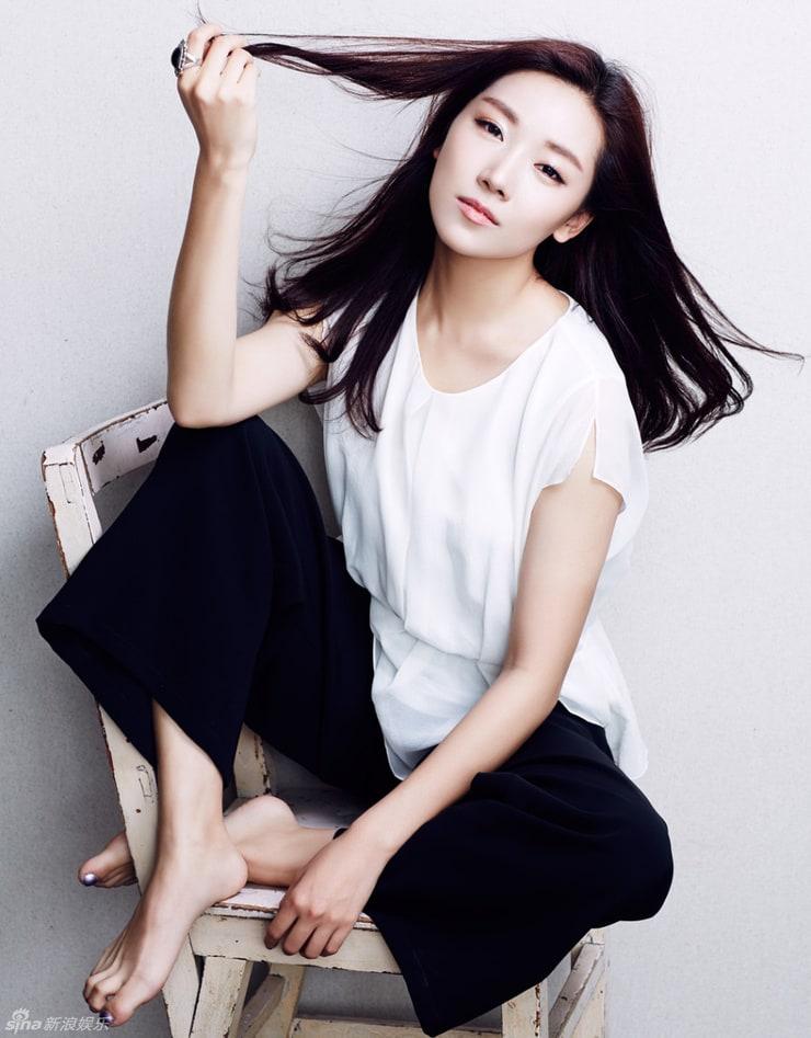 Qingzi Kan - IMDb
