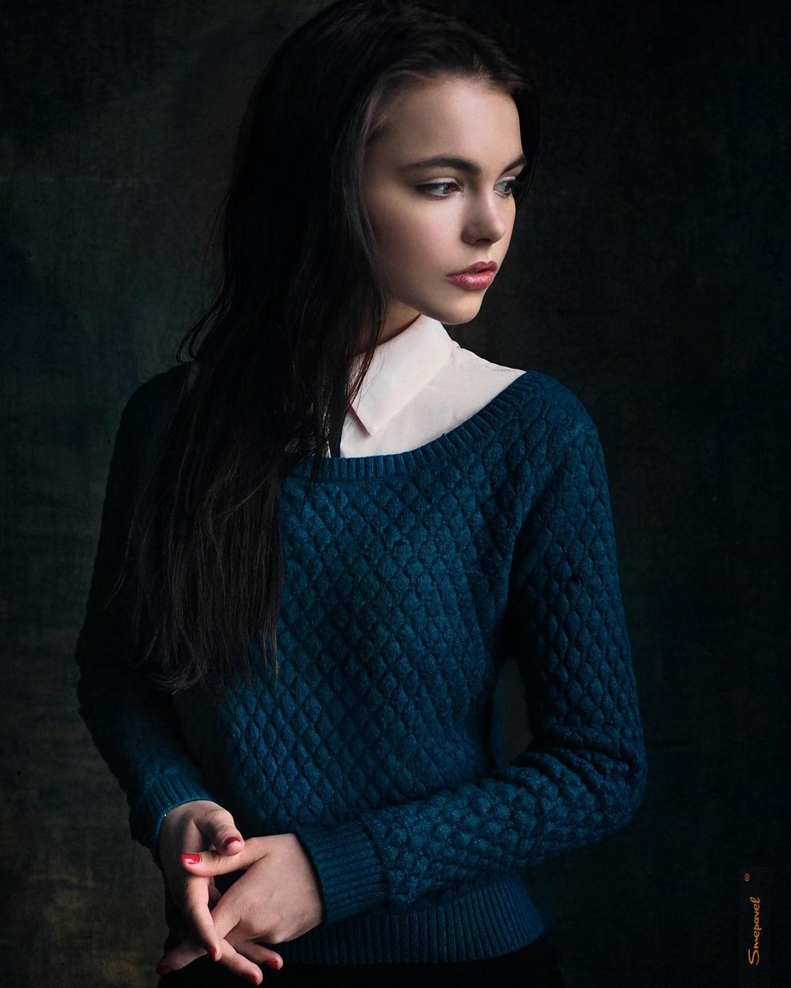 Women/Oktyabrina Maximova (2160x1920) Wallpaper ID: 688708