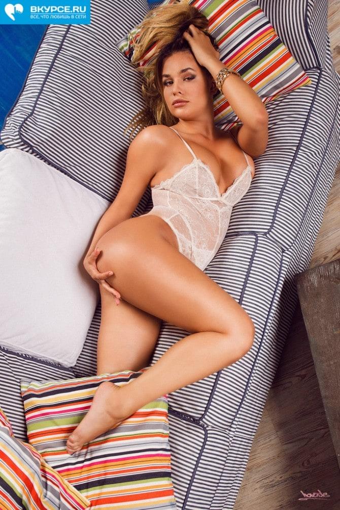 Anastasiya Kvitko Sexy Nude Photos 33