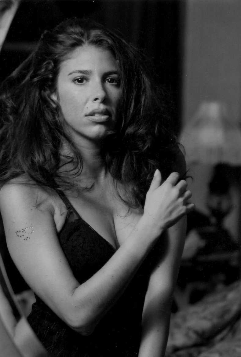 Communication on this topic: Julie Le Breton, felissa-rose/