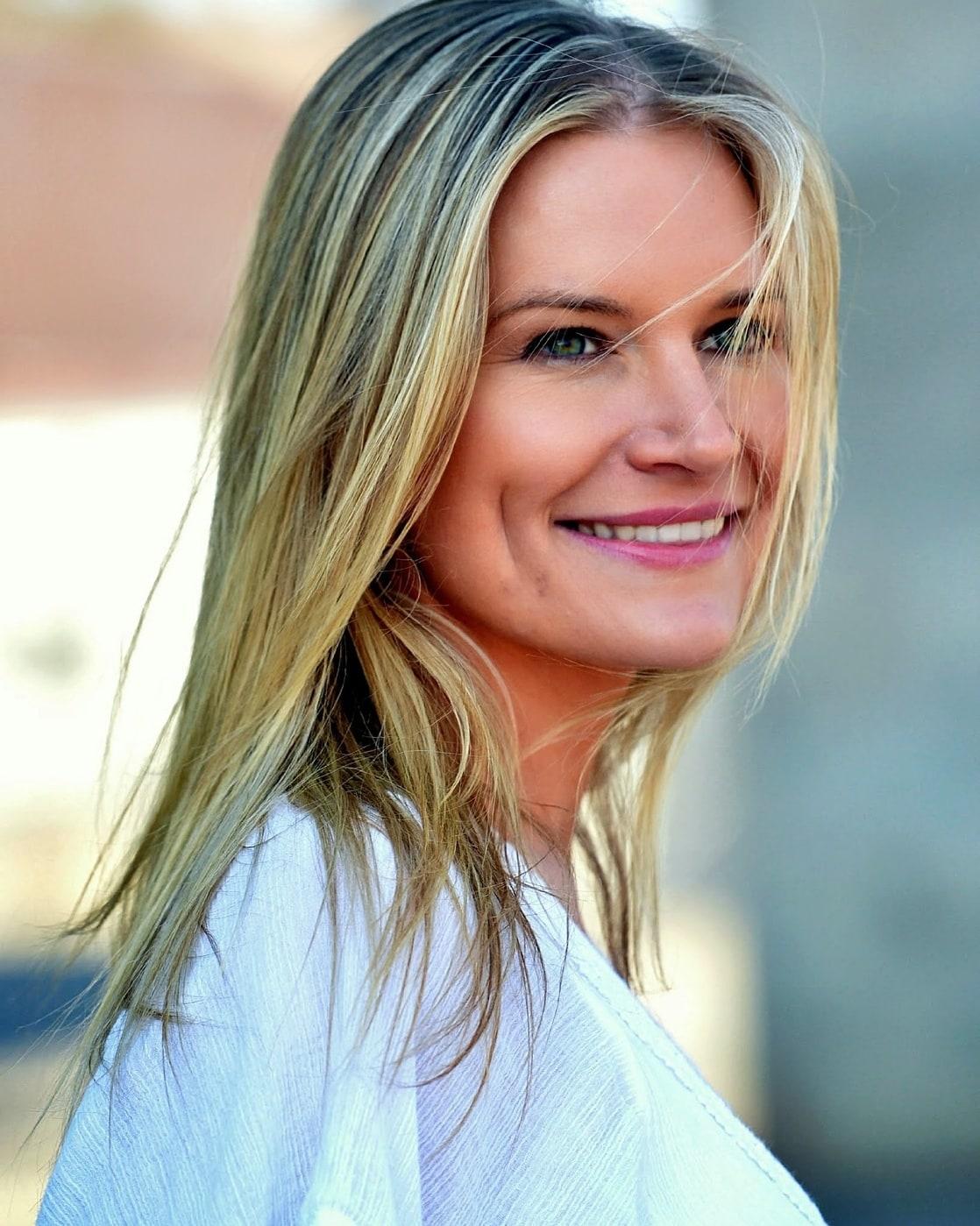 Ellen Stagg