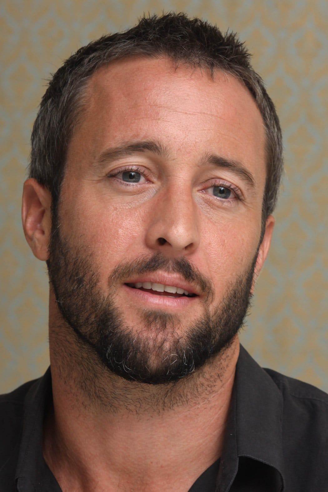 Picture of Alex OLoughlin