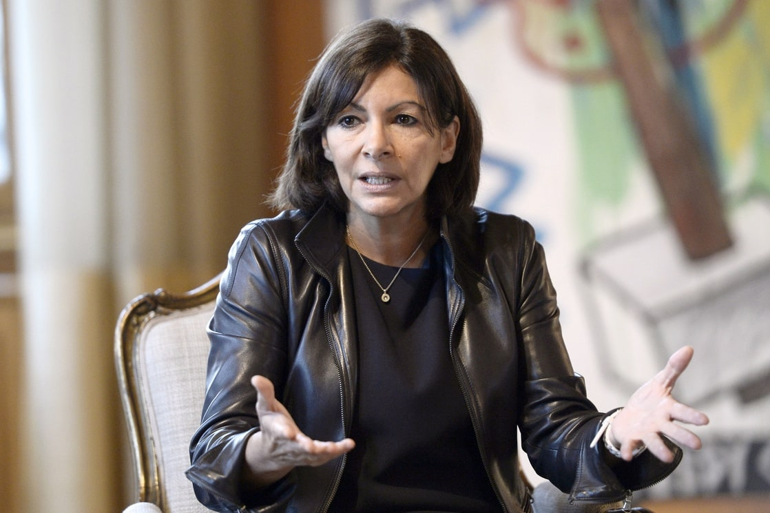 picture of anne hidalgo. Black Bedroom Furniture Sets. Home Design Ideas
