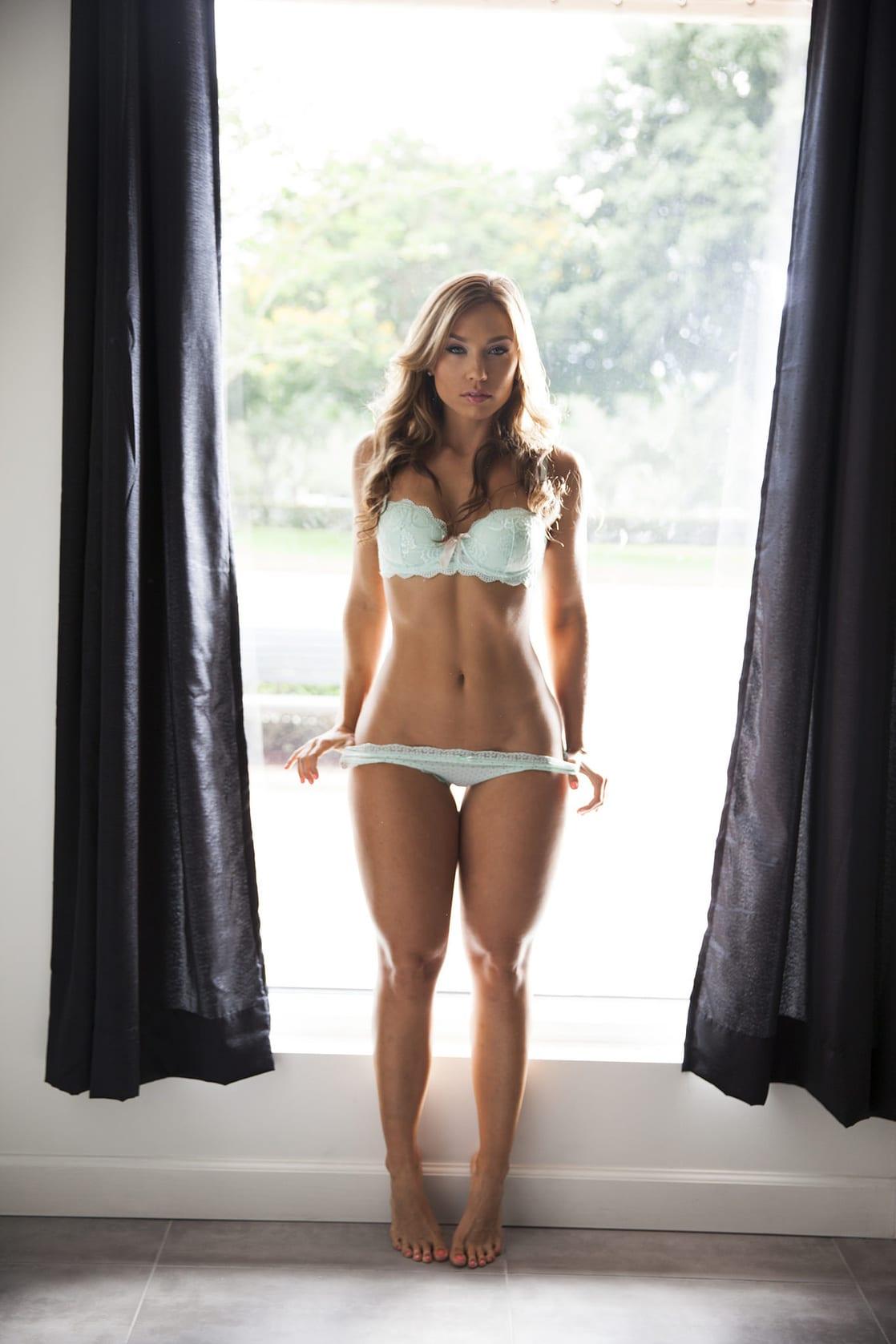 Nicole Mejia Nude Photos 2