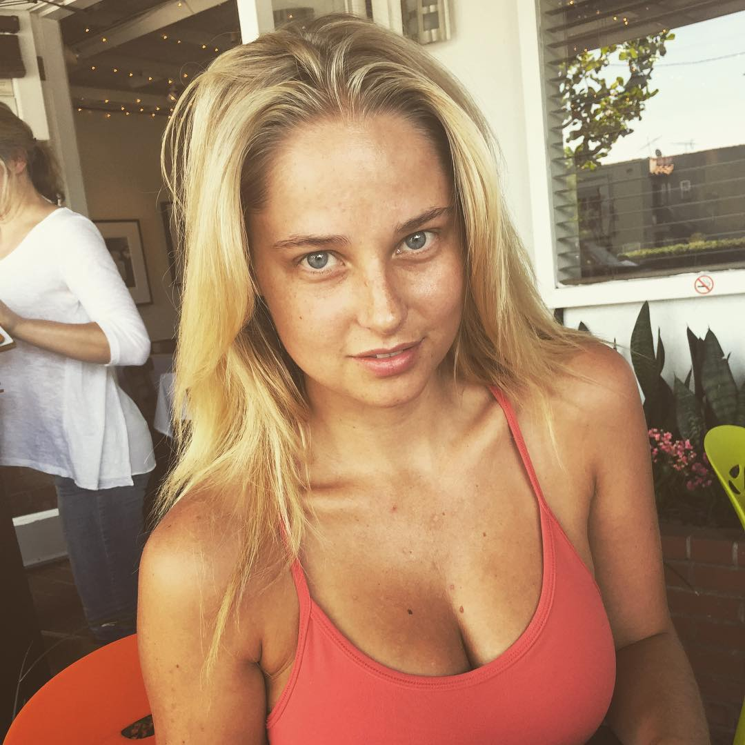 Paparazzi Instagram Genevieve Morton naked photo 2017