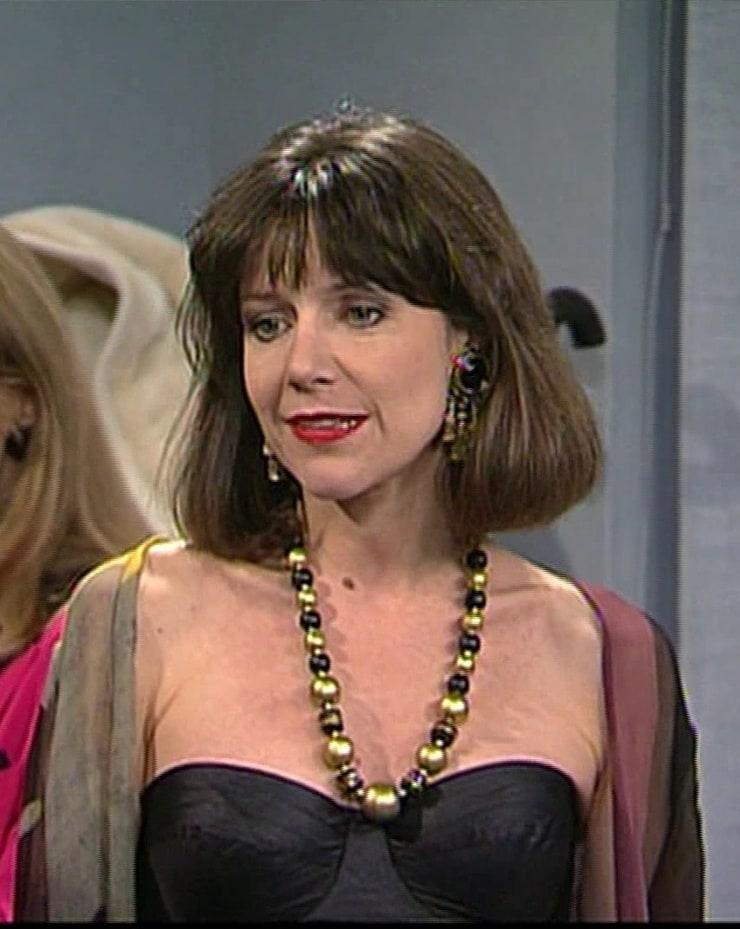 belinda lang actress