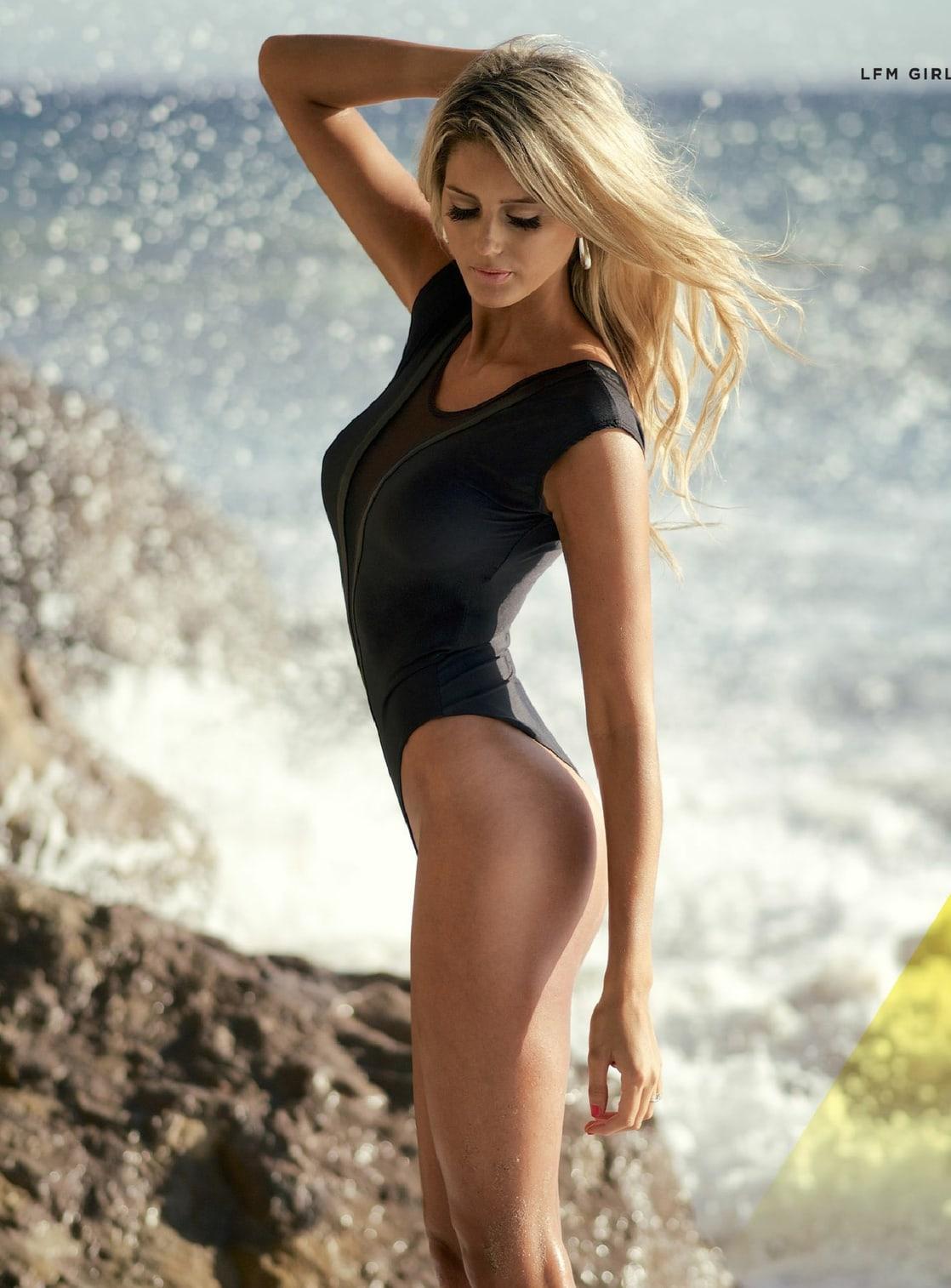 Emma Hernan Nude Photos 35