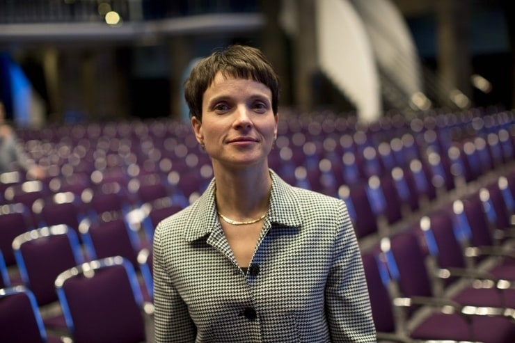 Frauke Petry - Frauke Petry Photos - AfD Press Conference