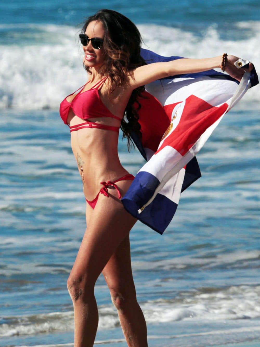 Bikini Ari Lezama nudes (54 images), Selfie