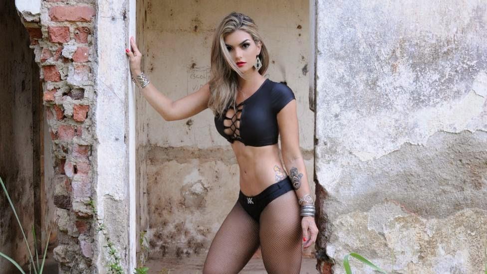 Tyra banks nude body suit