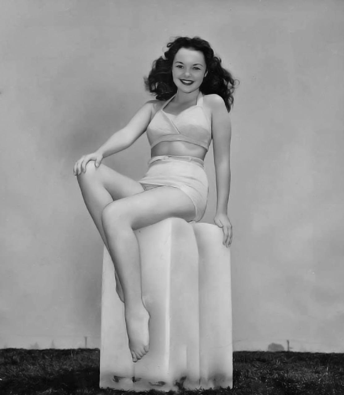 Gloria Saunders nudes (37 images) Paparazzi, 2018, cameltoe