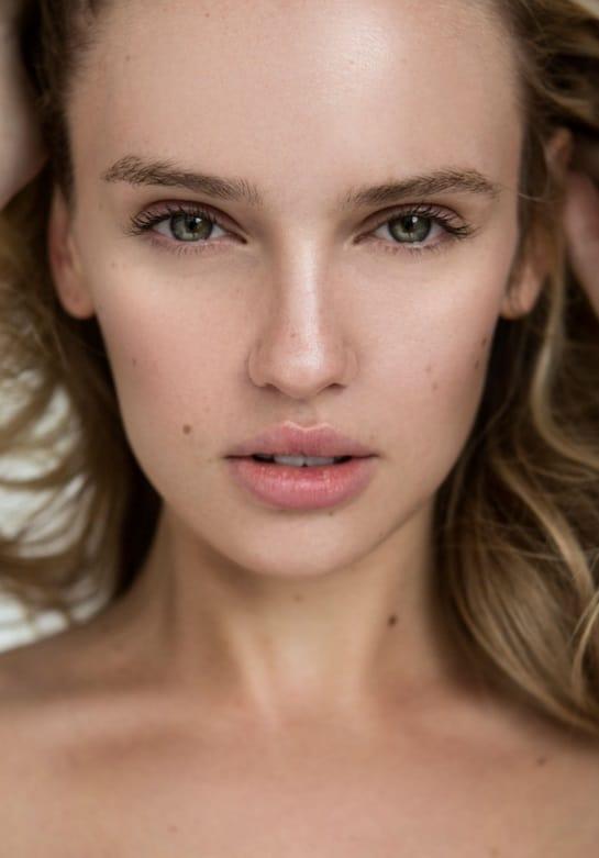 Jasmine Shogren Nude Photos 30