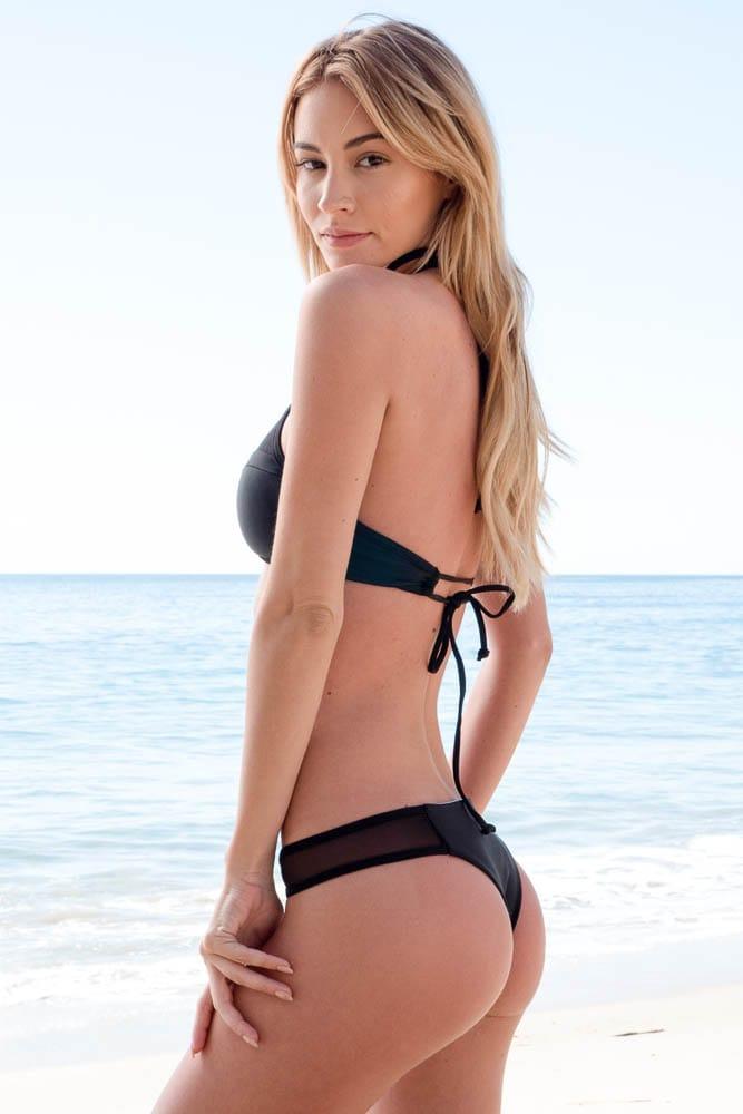 Glamour Pop Minute Bryana Holly Bikini Sand Surfline Phot Pics 1