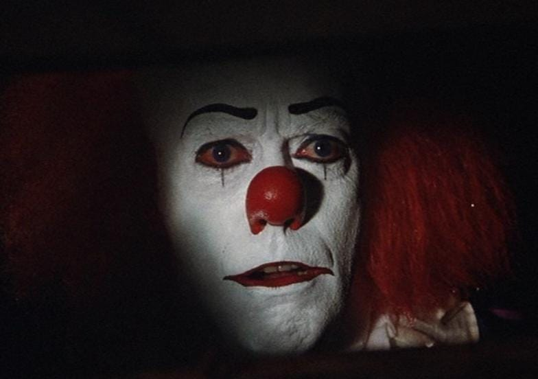 Tim curry pennywise teeth