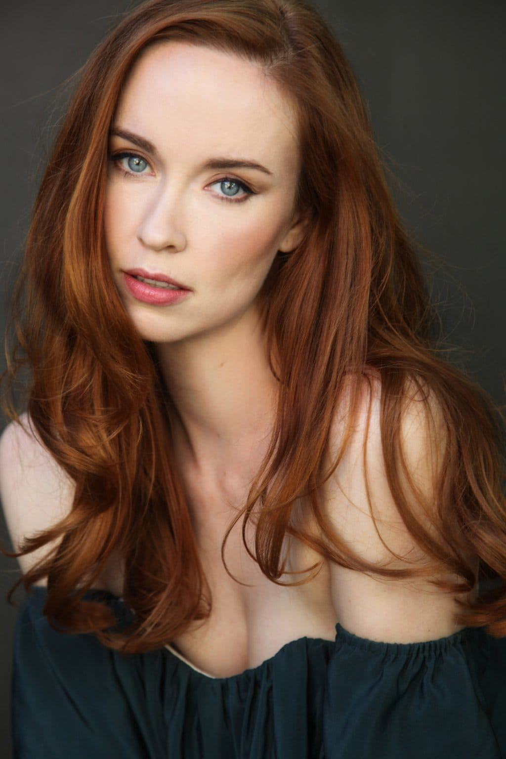 Watch Elyse Levesque video