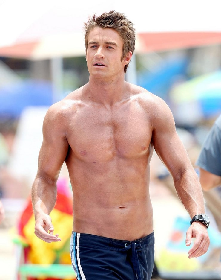 Picture Of Robert Buckley